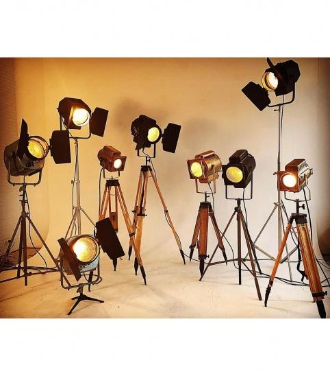 Ретро-светильники и прожекторы в аренду на меропритяие