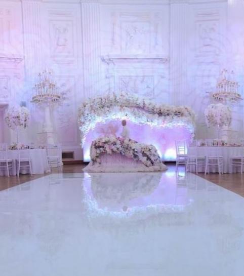 Подсветка задника за молодыми на свадьбе в аренду | MMG