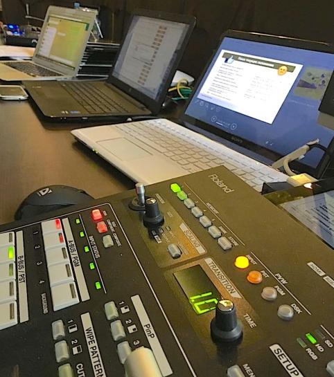Видеопультовая и видеомикшерный пульт Roland V-40HD в аренду | MMG
